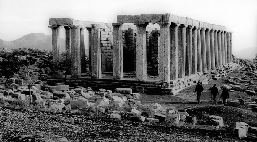 Ruin of Greek temple picture